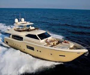 Круизная яхта Ferretti Altura 840